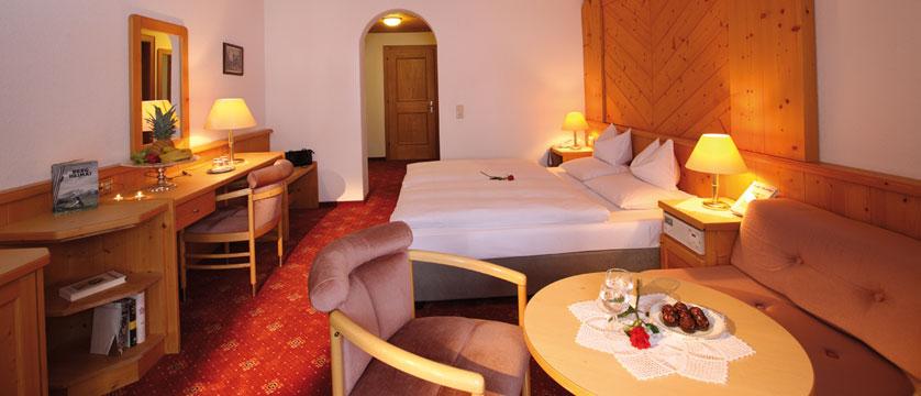 Hotel Büntali, Galtür, Austria - Bedroom.jpg